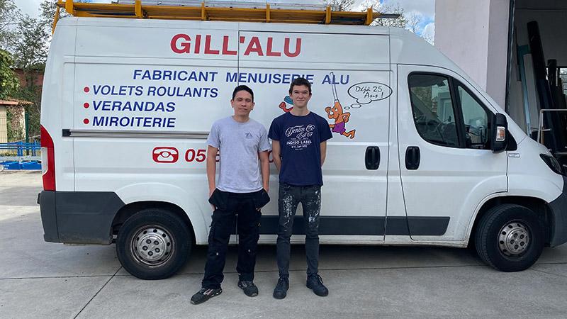 Les fabricants et monteurs de Gill'Alu, spécialiste de menuiseries Aluminium en Haute-Garonne